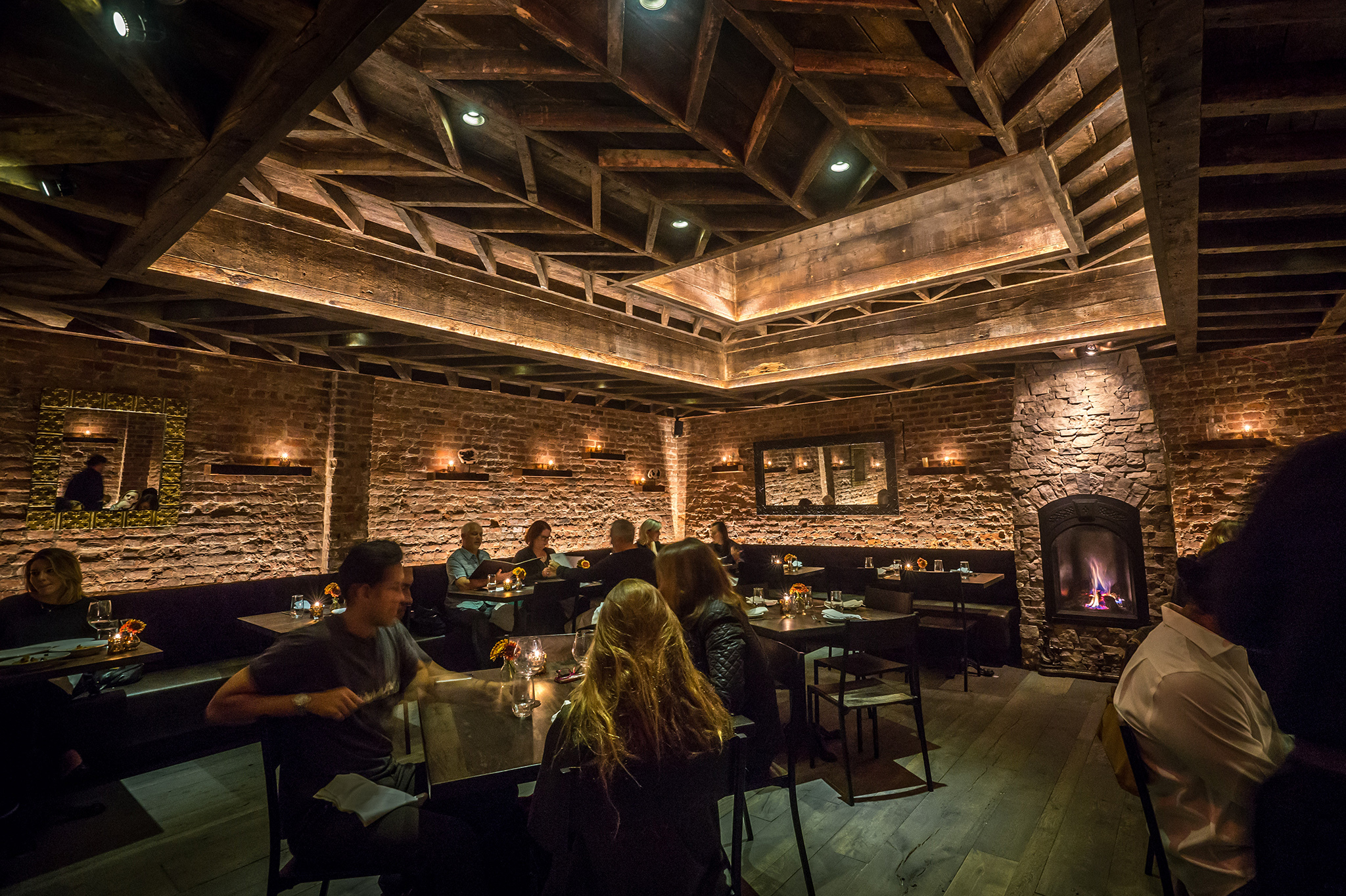 Most romantic restaurants in nyc for date night for Hippest hotels in nyc