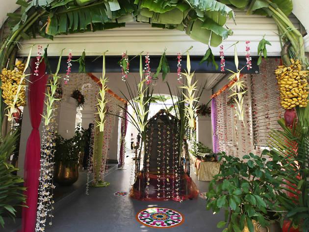 Visit a Hindu Kovil on Thai Pongal day