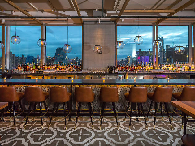 The 11 best NYC rooftop bars open during the winter