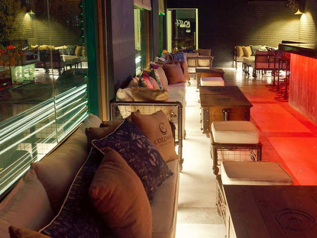 Happy hour at Loft Lounge Bar, Colombo Courtyard