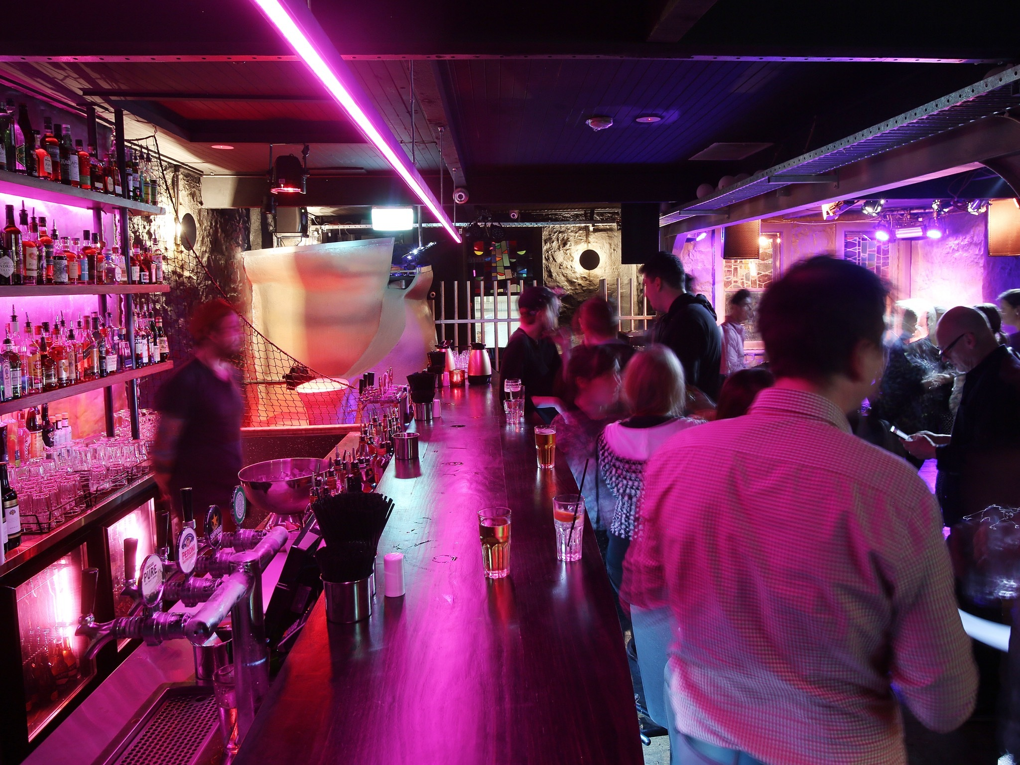 Singles Bars In Melbourne