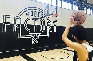 On a testé : la Hoops Factory, le nouveau temple du basket