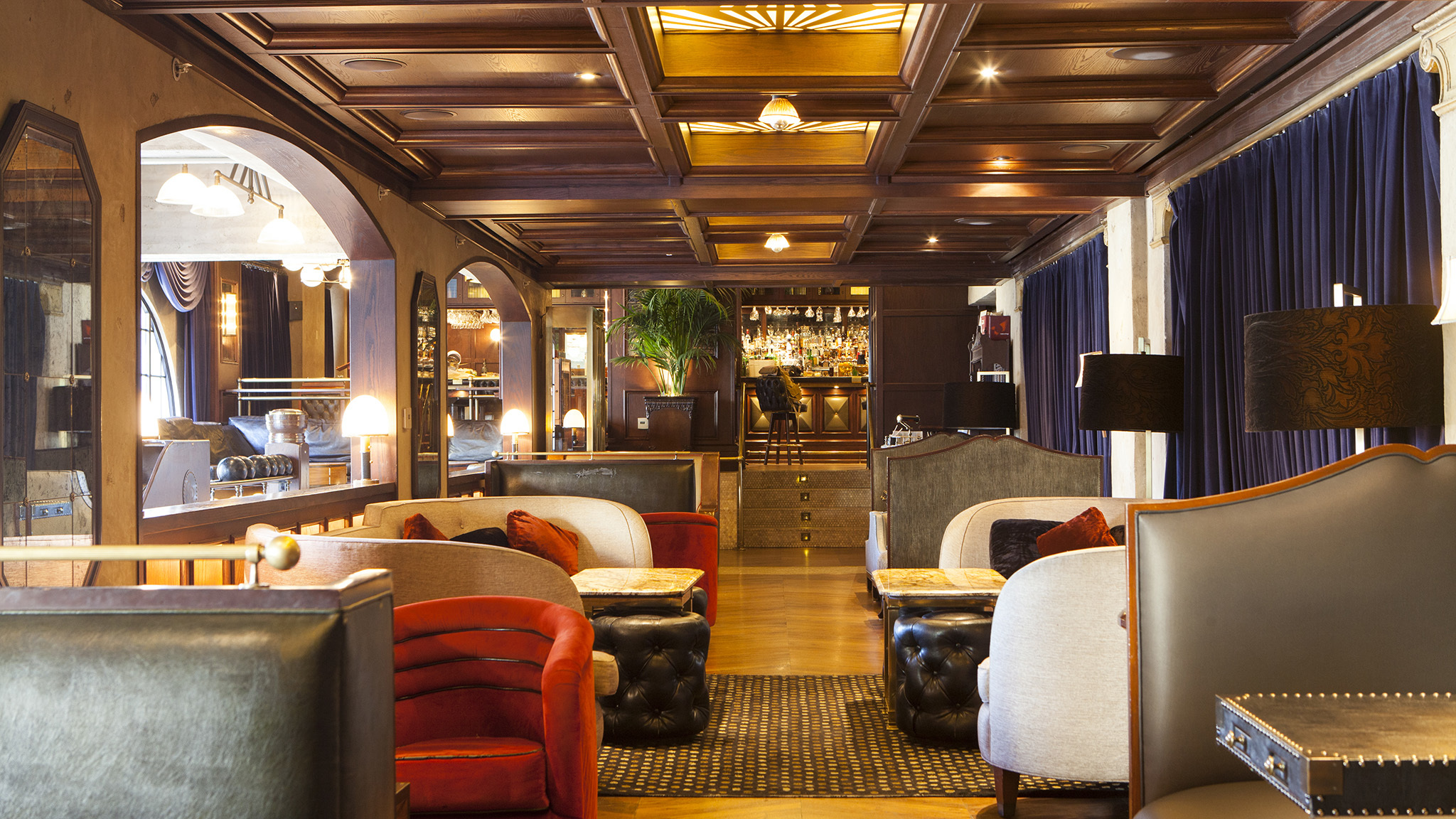 L A S Best Hotel Bars And Classiest Lobby Lounges