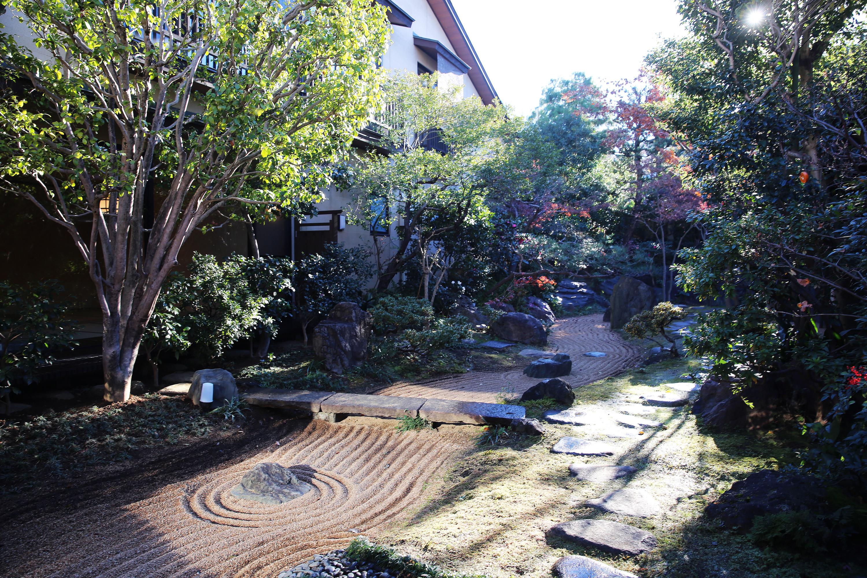 昭和の邸宅で四季を感じる。