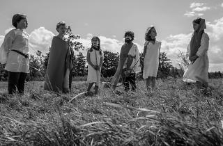 Les Filles au Moyen Age