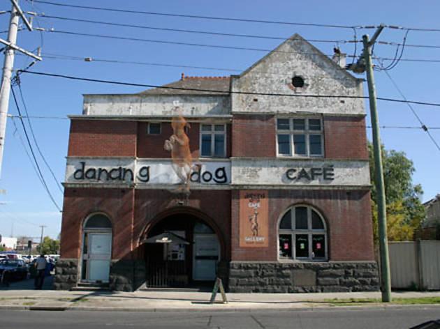Dancing Dog Café
