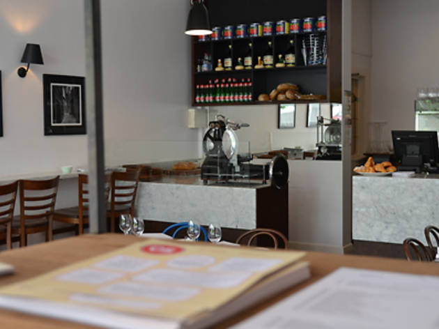 Os Kitchen and Wine Bar
