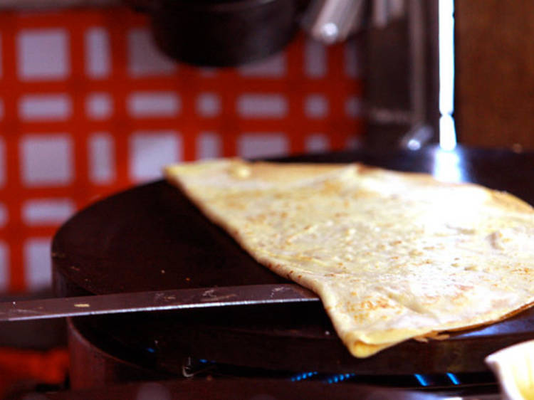 Enjoy a crêpe at La Petite Creperie