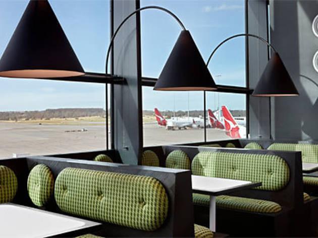 Café Vue: Airside Terminal 2