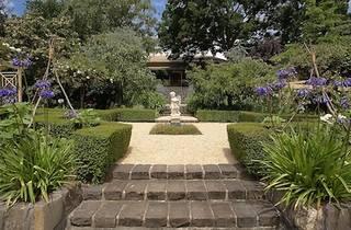 Narmbool Gardens