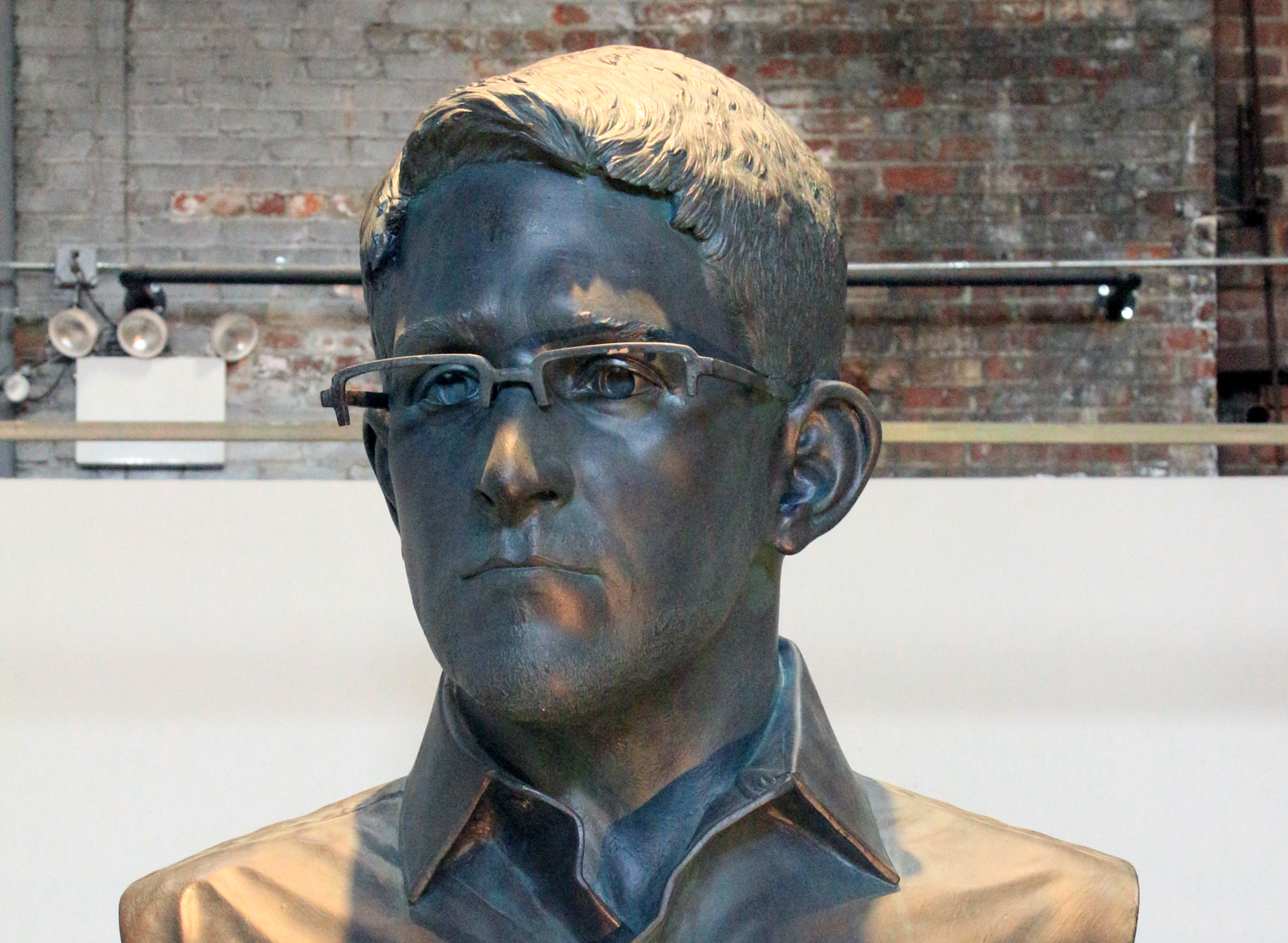 Infamous Edward Snowden bust heading to a show at the Brooklyn Museum