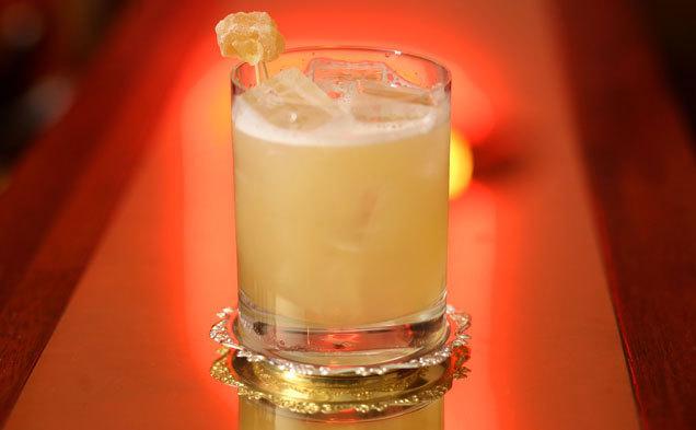 white-oaks-saloon-bar-and-dining-001.jpg