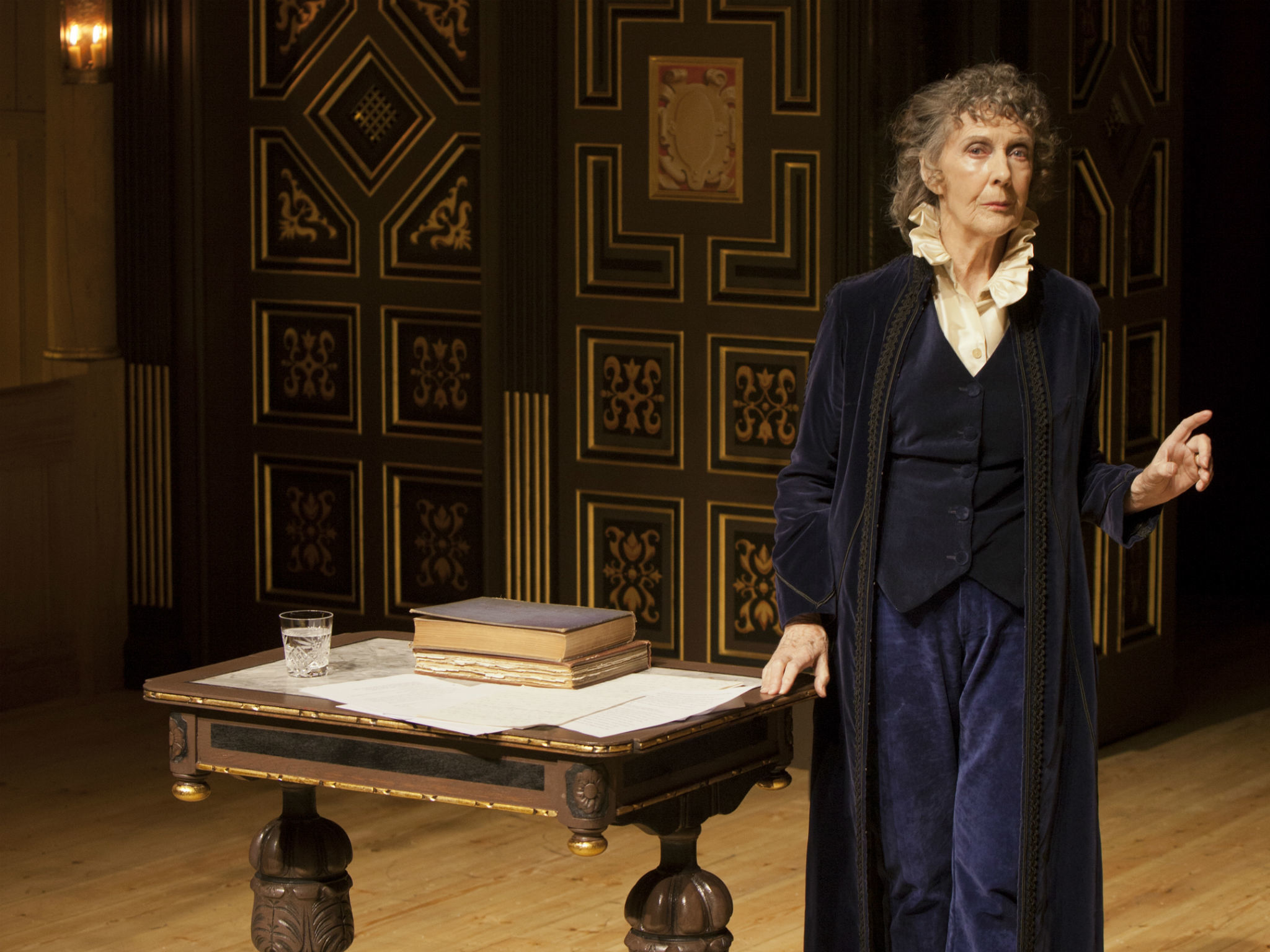 Ellen Terry with Eileen Atkins