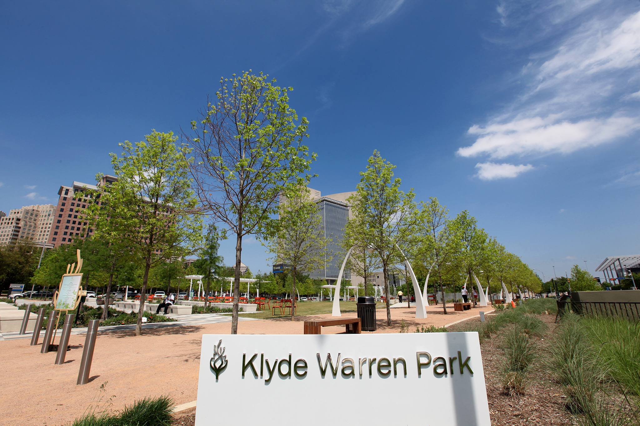Park yourself in Klyde Warren for an afternoon