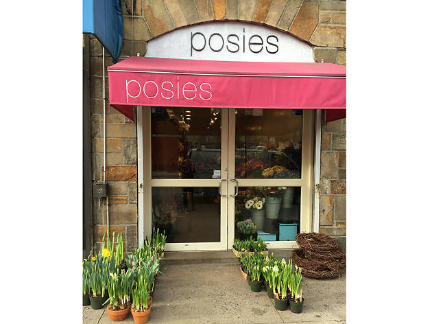 Posies Shopping In Upper West Side New York