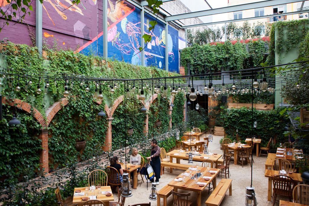 Restaurantes y cafés con ambiente seductor