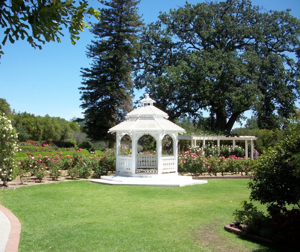 Orcutt Ranch Gazebo In Main Courtyard