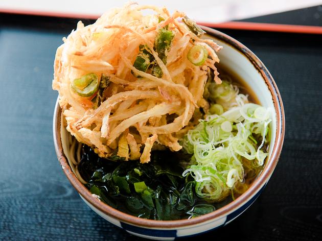 東京で1番美味くて安いと噂の立ち喰い蕎麦を食べてきた