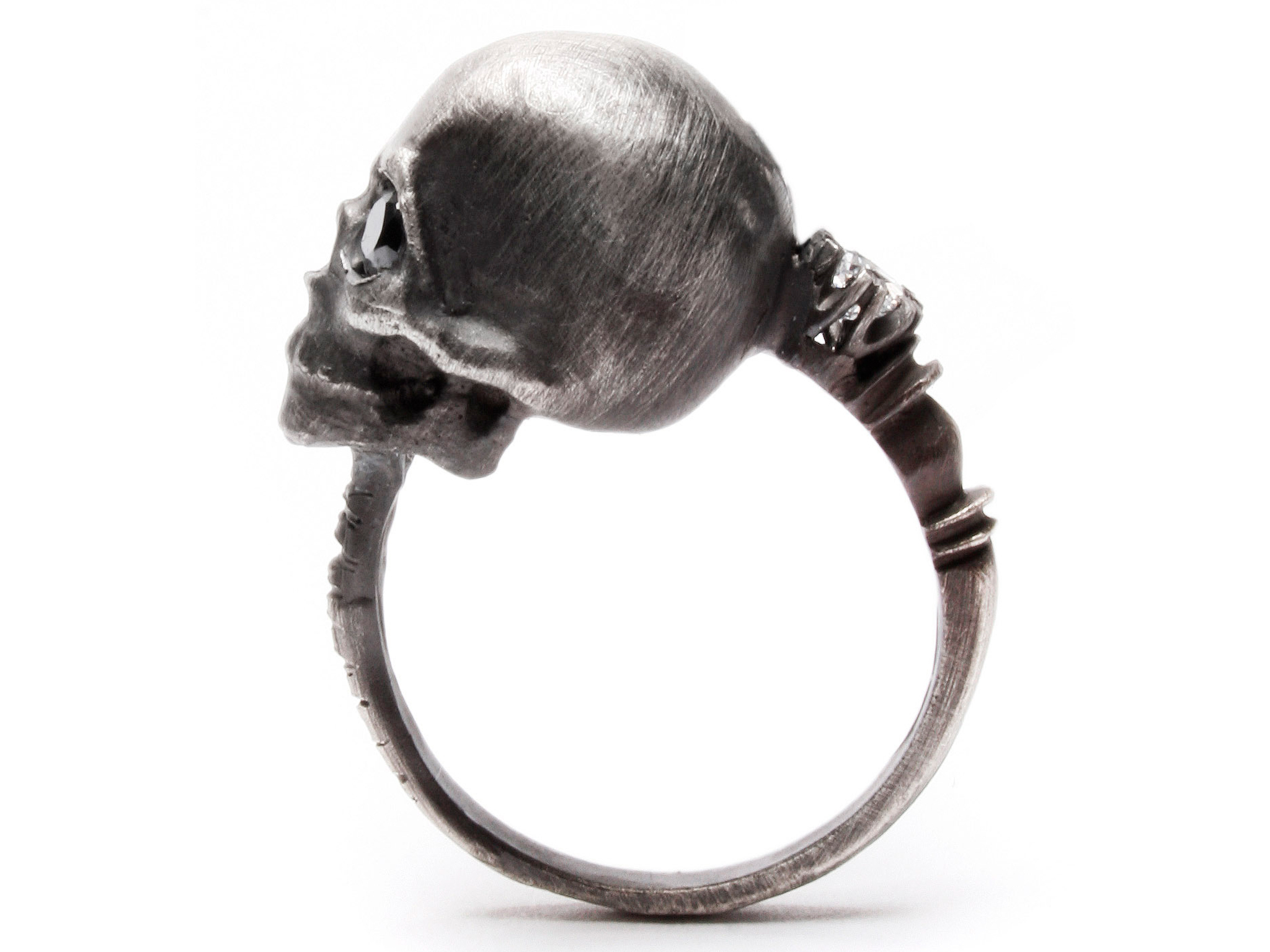 A ring made by Julia DeVille