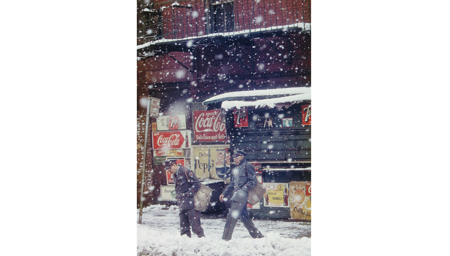 (Saul Leiter: 'Postmen', 1952. © Saul Leiter Courtesy Howard Greenberg Gallery, New York)
