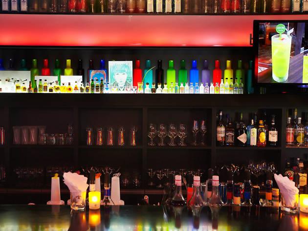 Top 5 Lesbian bars in Seoul