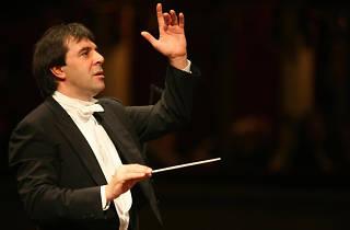 Vienna Philharmonic Orchestra + Daniele Gatti