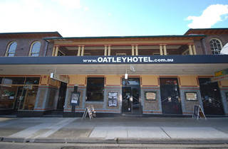 The Oatley Hotel
