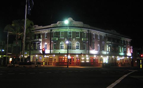 Crows Nest Hotel
