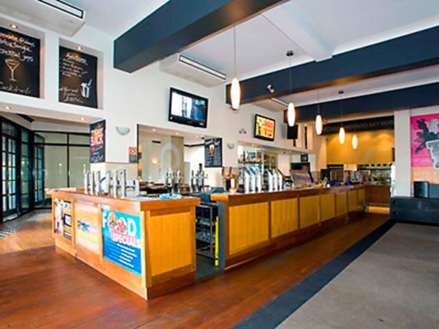 Woolloomooloo Bay Hotel
