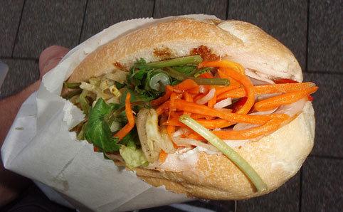 Hong Ha Hot Bread