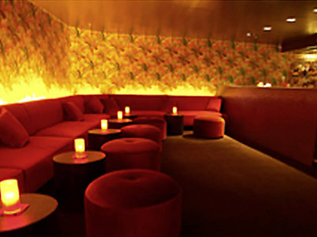 Velvet Lounge At The Beauchamp Hotel Bars In
