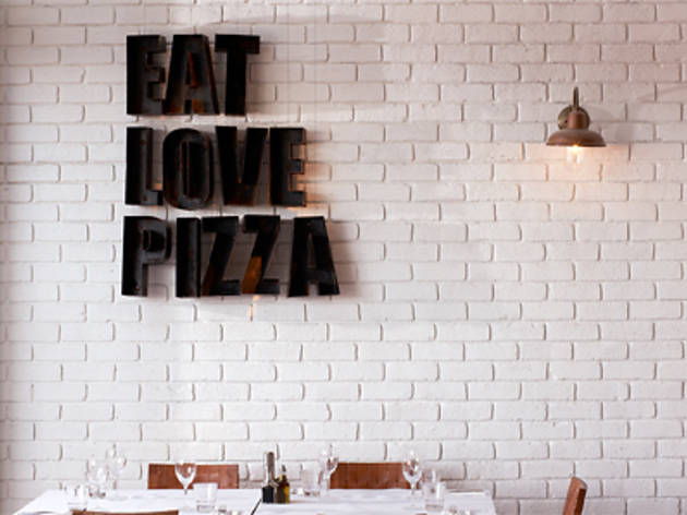 Eat Love Pizza