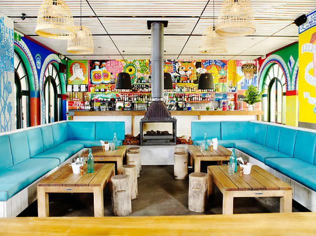 The bucket list bar and eatery bars in bondi beach sydney for Australian cuisine nyc