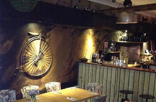 Beejay's Cafe