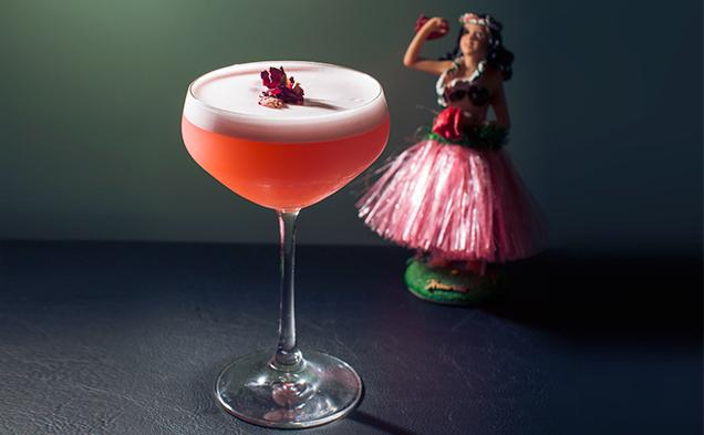Hinky-Dinks--drink-luau-girl.jpg