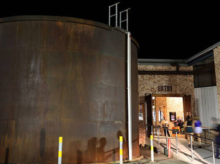 Neal Cameron, Australian Brewery Hotel