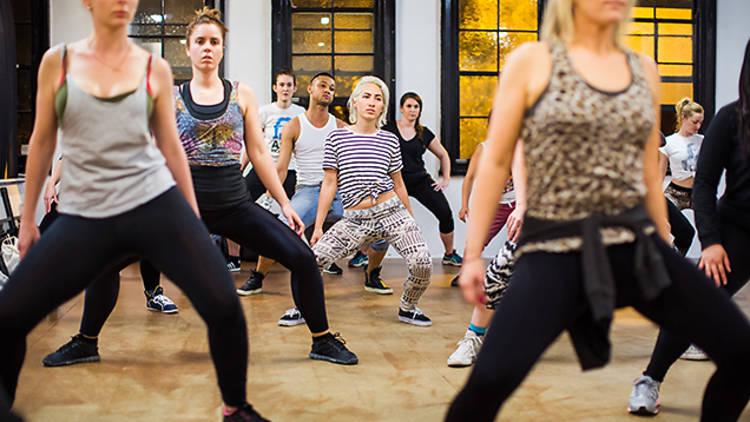 Dance-Central-Reggaeton-006.jpg
