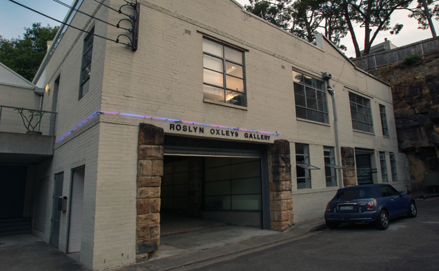 roslyn-oxley9-gallery-exterior-shot-march-2015-photo-credit-jessica-maurer.jpg