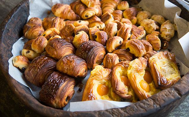 La_Banette_Patisserie-pastry-bucket.jpg