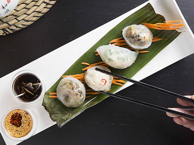 luyu-and-yumyum--dumplings-platter-chopsticks.jpg