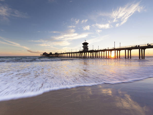 Best places to take engagement photos in los angeles and for Huntington beach pier fishing