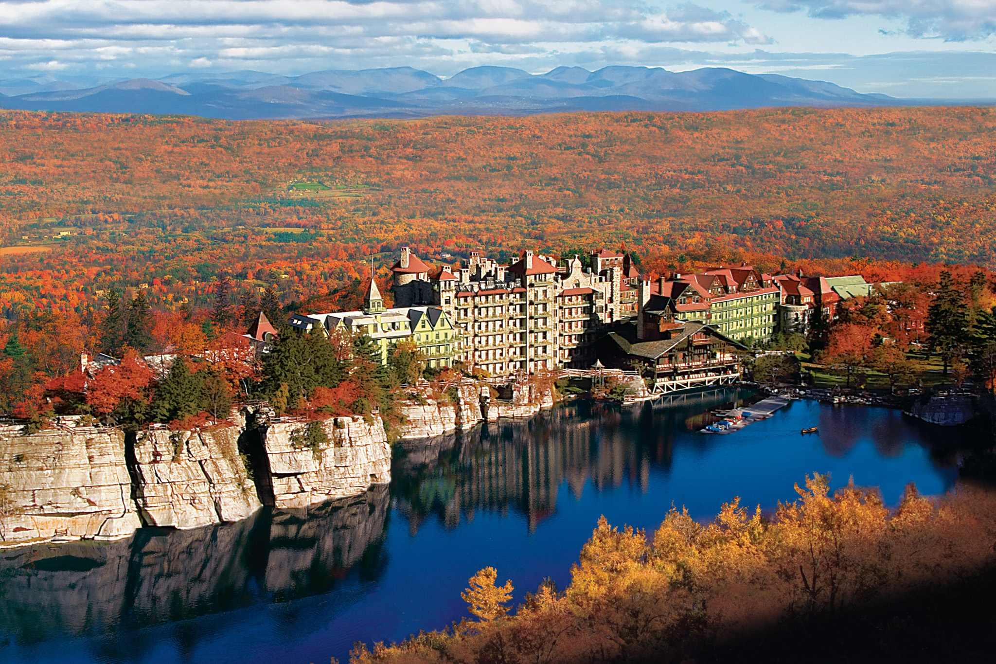 Best Romantic Getaways In Ny State Including Spots With Spas