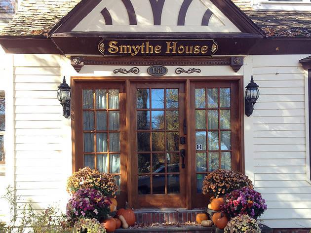 Smythe House