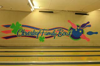 Cloverleaf Family Bowl