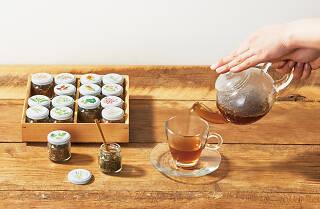 健康十六茶café ROKUZOU ROPPU YON-MIKAKU
