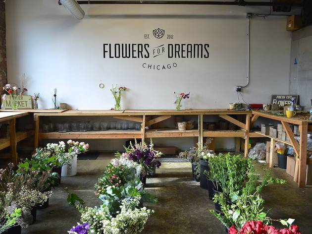 Shop Wedding Gifts: Chicago Florists For Flower Delivery And Gorgeous Bouquets