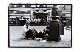 Gian Butturini: 'Living London' 1969. © Courtesy of the Estate of Gian Butturini