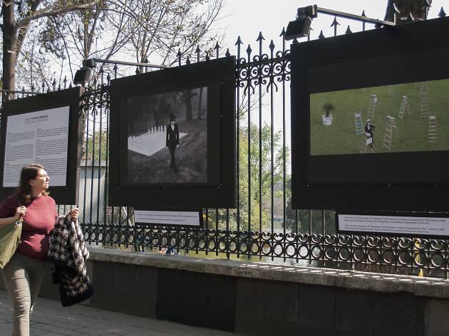 Yoko Ono en la Galería Abierta de las Rejas de Chapultepec