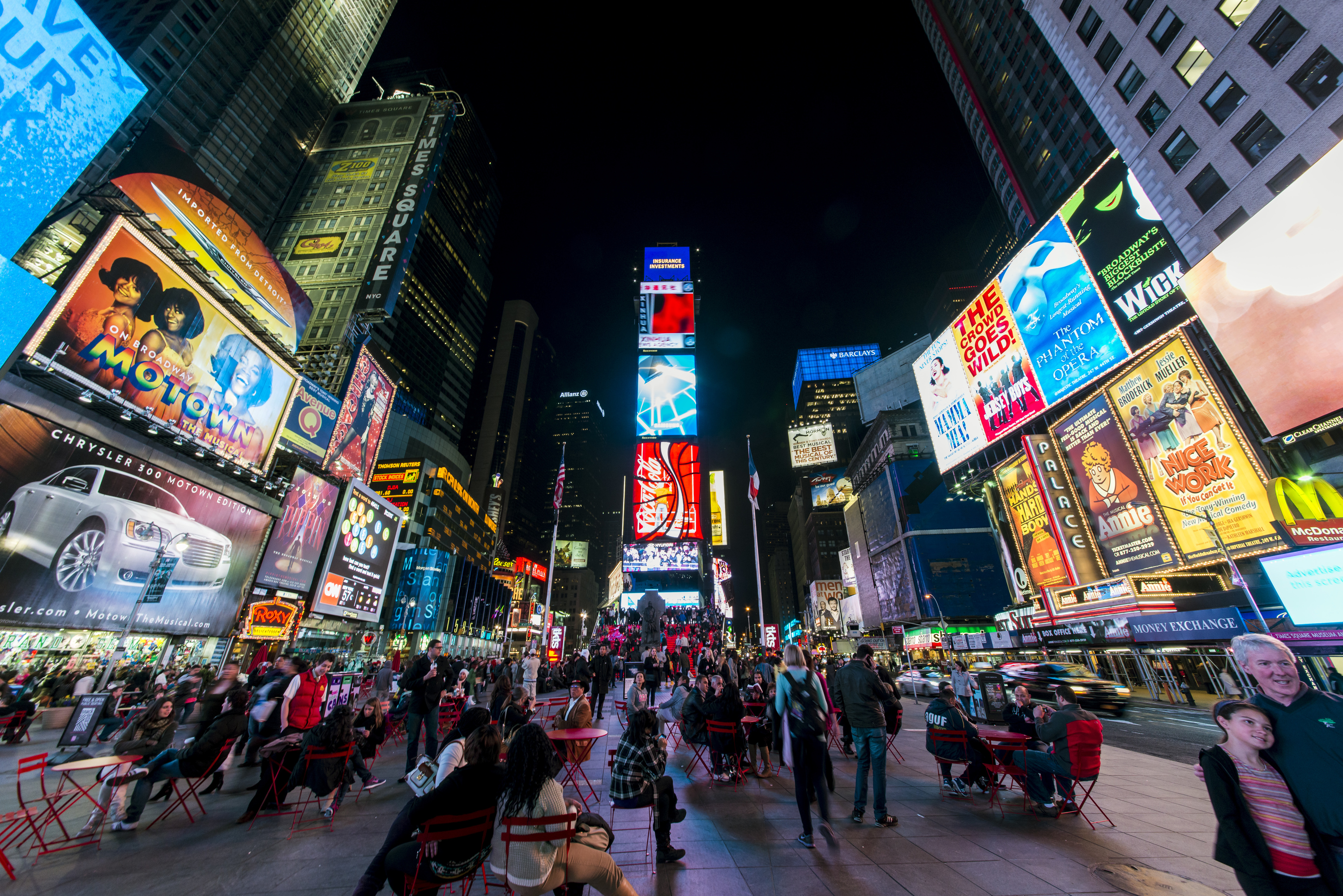 14 moments every New York tourist will experience