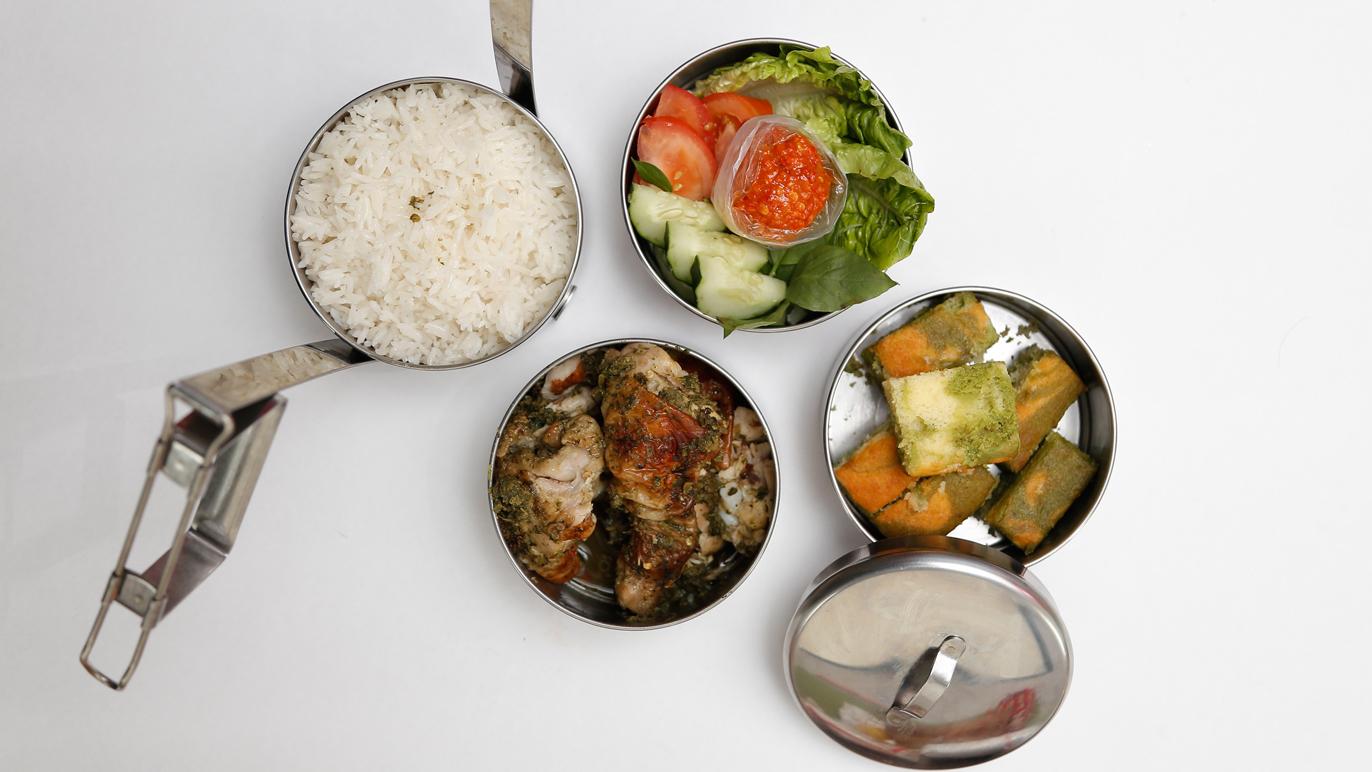 Dish by Ili